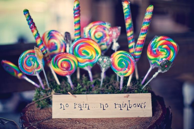 rainbow-wedding-candy-buffet-1