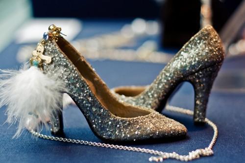 silver-glitter-shoes-e1293766502517