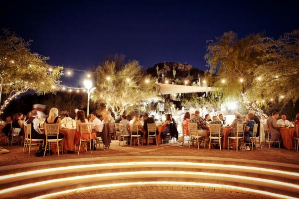 Outdoor-Desert-Wedding-Reception-600x4001
